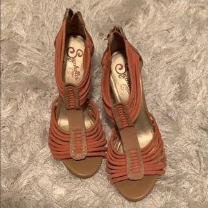 Sychelles pink heels
